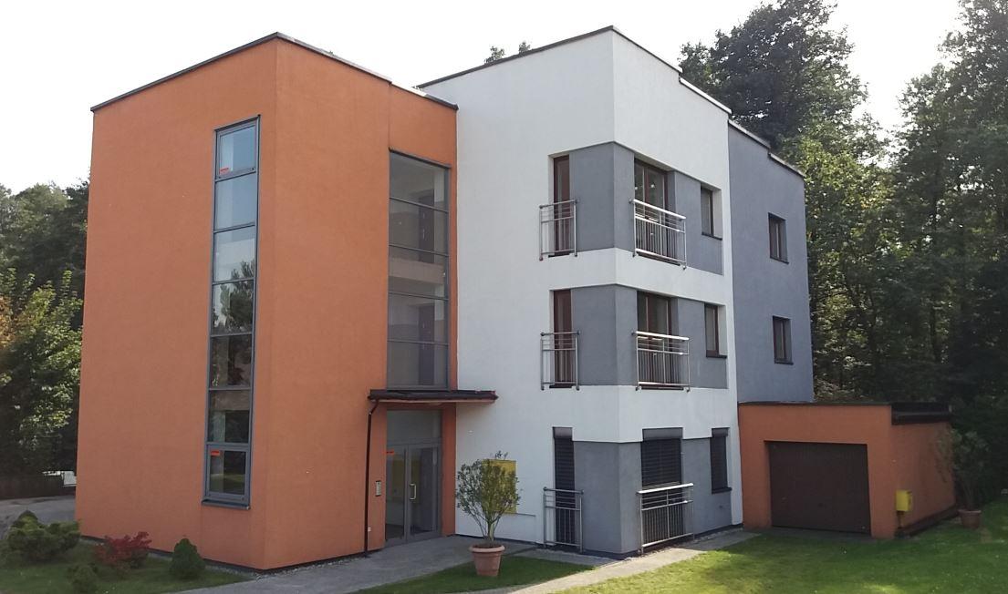 budynek Wspólnoty Mieszkaniowej przy ul. Leśnej 1a w Paniówkach administrowany przez ADM Property sp. z o.o.